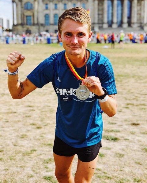 Sondre Skjelvik imponerte stort i Berlin Marathon. Foto: Privat