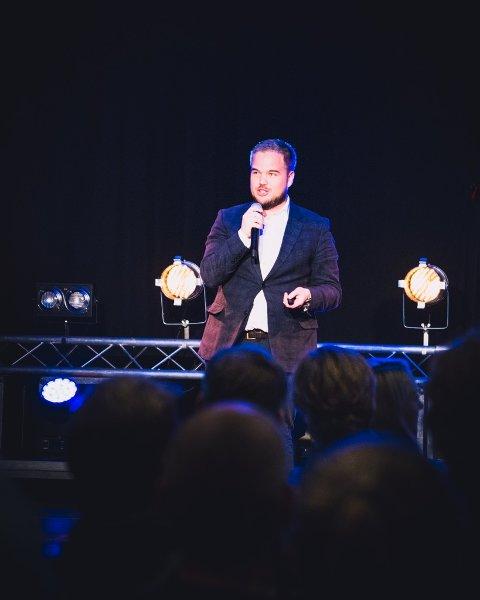 Michal Meyer Nilssen på Join A Startup Night (JASUN) .
