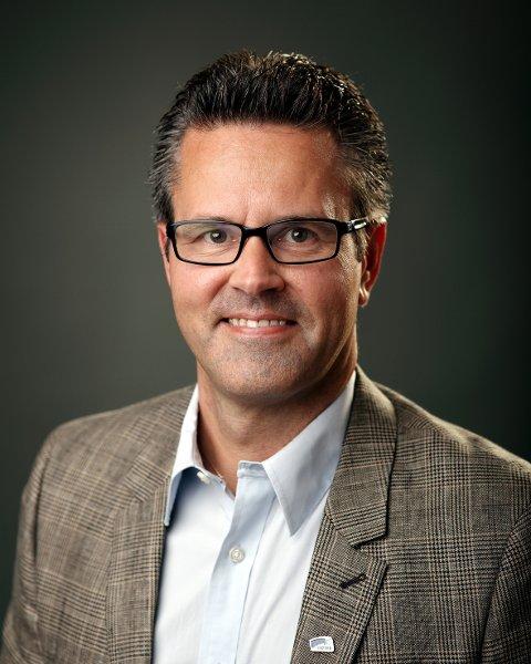 Varaordfører Jonny Rinde Johansen gleder seg over ei positiv befolkningsutvikling i Øksnes.