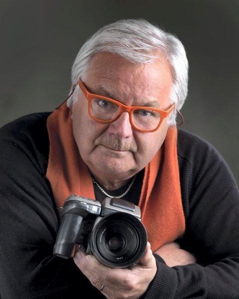 En begivenhet: - Det er stort at Drammen får besøk av så mange inetrnasjonale fotografer i tre dager, sier drammensfotografen Arild Sønstrød som sitter i juryen for Fotografiprisen som skal deles ut.