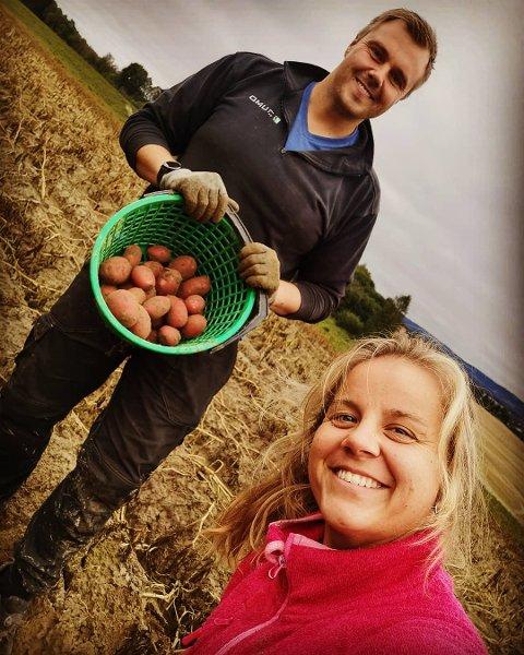 REKLAME: Thore Sigurd Woll og Ingrid Haagensen Sveen takket ja til å være med på reklamefilm for å fremme både norsk landbruk og potetene.