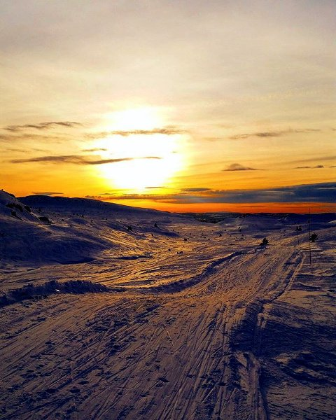 10. IDYLL: Solnedgang på Skeikampen. Foto: Reidun Kari Blekastad