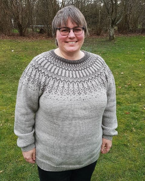 Dette bildet er tatt ved påsketider i fjor. Nederst i saken ser du hvordan Anne-Grethe ser ut i dag, etter at hun  la om livsstilen.
