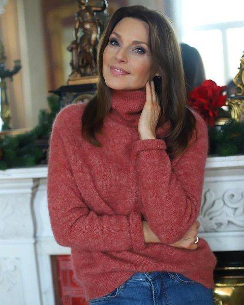 BLIR 50: Miss Universe fra 1990 runder 50 år 6.april. En alder Mona Grudt ikke helt identifiser seg med, samtidig som hun er på et godt sted i livet.