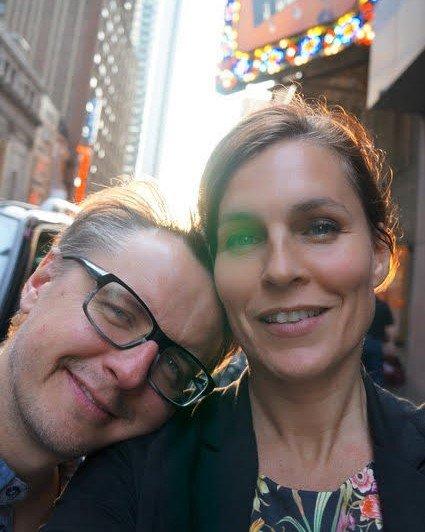 - Her er vi lykkelige, sier Cecilie og mannen Christer, som bor i Karlstad.