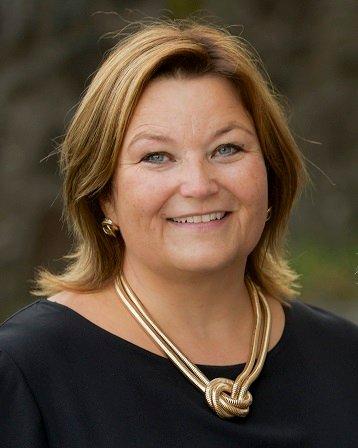 – Kjersti Vevstad var den beste kandidaten til jobben. Hun utmerket seg som den klart best kvalifiserte blant de 26 som søkte jobben og de fire vi hadde til intervju, sier Inger Hegna, rådmann i Aurskog-Høland kommune.
