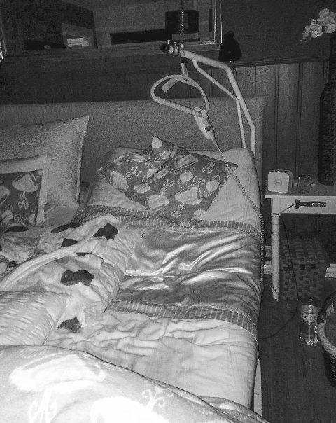 Ble selv akutt syk: Enebakk kommune nyter fra før av godt av at kona pleier sin syke mann. Da hun selv ble akutt syk kunne ikke kommunen bidra. Er det slik vi skal ha det, spør venner vantro.foto: privat
