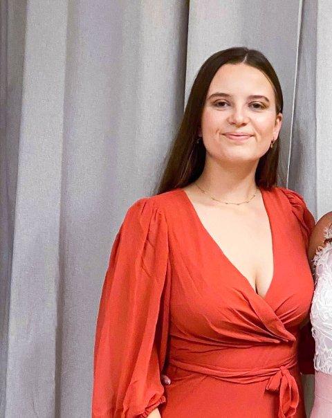 Alette Hardeland Hjelmeland (21) frå Seimsfoss flytta til Oslo for å studera etter vidaregåande, og er akkurat ferdig med ein bachelorgrad i sosialantropologi.