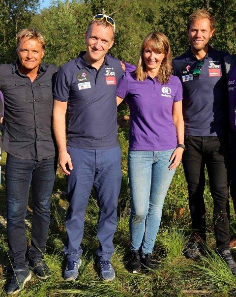 F.v Dag Otto Lauritzen, Petter Ytterstad, Bente Wistven og Thor Hushovd kommer til Kabelvåg for å kickstarte Arctic Race of Norway