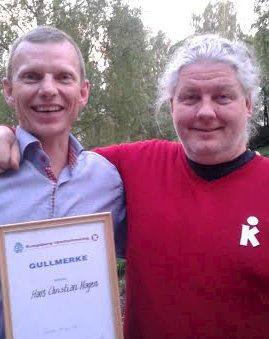 HEDRET: HC Hagen (t.v.) og Steinar Myhra leder i KIF.