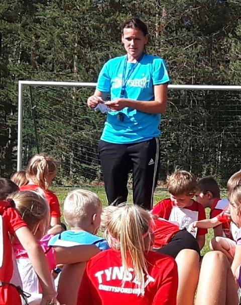 Ildsjel Ingrid Falkum Gardseth instruerte ungene