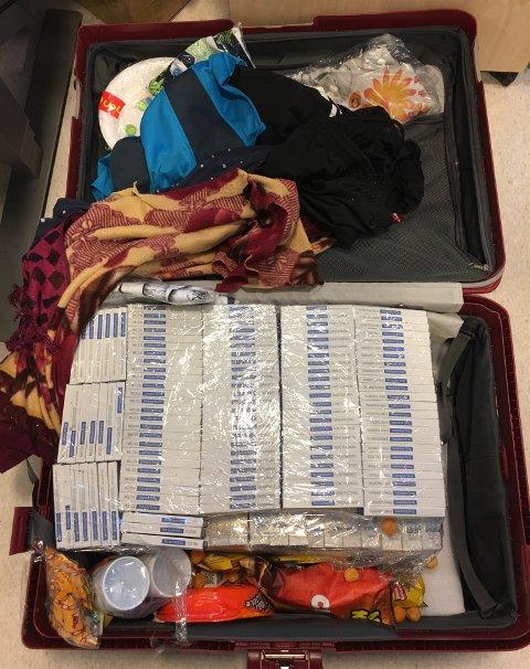 TILFELDIGHET: Denne kofferten havnet i Norge ved en tilfeldighet. Da tollerne åpnet den i går, gjorde de et av de største beslagene som er gjort på Oslo lufthavn Gardermoen i år.