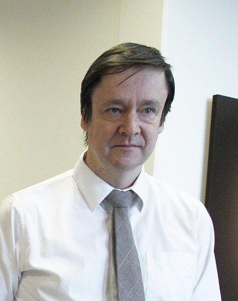 Kritisk: Kjell Gunnar Larsens forsvarer John Christian Elden godtok ikke den medtiltales regnestykker i retten i går.