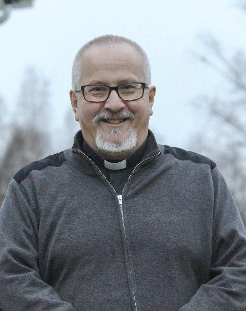 PENSJONIST: Fredag hadde Rune Doksrød sin siste arbeidsdag som prest.