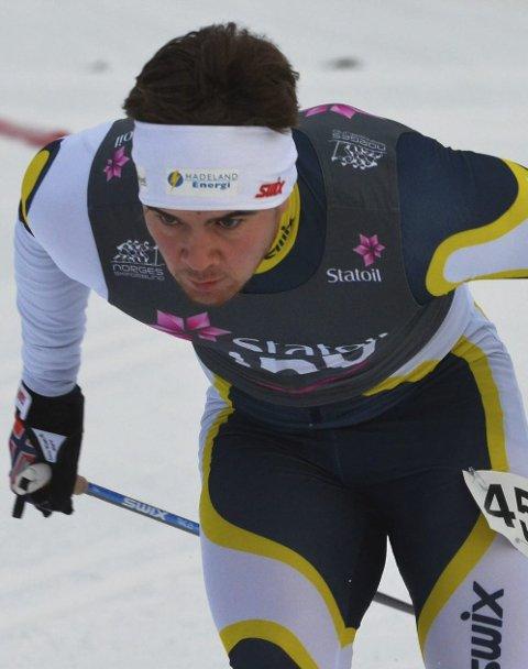 UHELDIG: Ola Nygård Snellingen var uheldig i sesongdebuten da han falt etter bare 15 sekunders gåing.