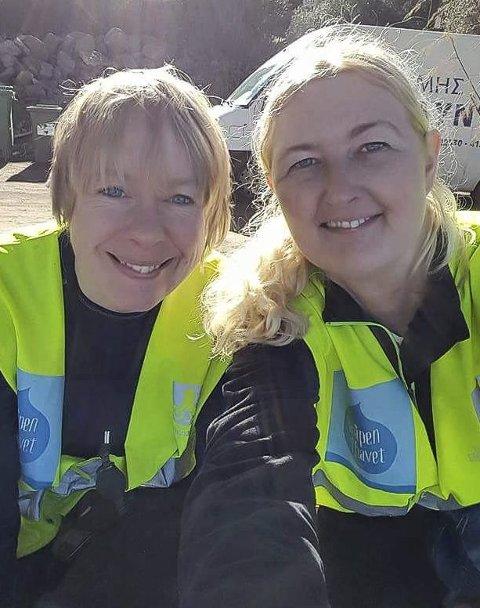 FRIVILLIGE: Camilla Johansen (t.v.) og Monica Torp Borg samler inn penger til flyktninger.
