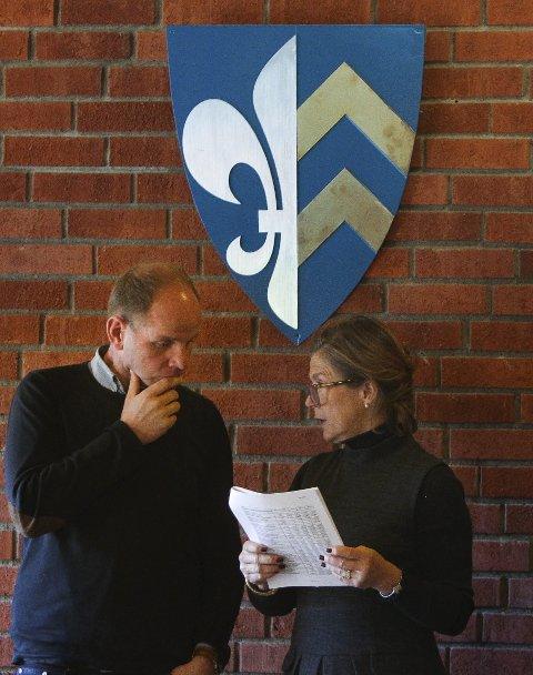 MISFORNØYD: Benedicte Dyvik er skuffet over at Sp-ordfører Reidar Kaabbel, Senterpartiet og Arbeiderpartiet har holdt Vålers befolkning utenfor i kommunereform-saken.