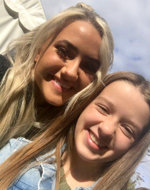 FIKK MØTE IDOLET: Oda Cornelia Olderøy (13) var festivalsjef for Haitanna i fjor, og en av de største opplevelsene var å få møte idolet YouTube-stjernen Stina Talling. Nå kan du bli den nye festivalsjefen.