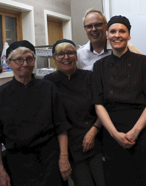 Firkløver: Anny Arntsberg, Monica Arntsberg Forsmo, Gudmund Forsmo og Lotte Nygård-Forsmo jobber i familiebedriften.