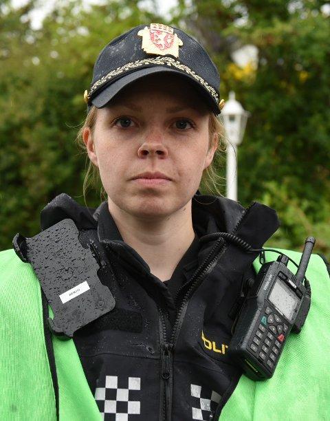 Det er for tidlig å si noe om brannårsaken, opplyser innsatsleder Marita Frotveit i politiet.