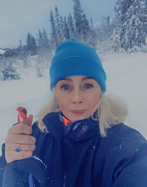 - Jeg føler det som en slags gledesdrepende runddans, sier Talina Hansen Skogseth som  i januar har brukt tid både på jobbing og skiturer.