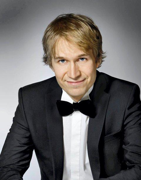 PIANIST: Juho Alakärppä er en ettertraktet finsk pianist. Fredag blir han å høre i Kongsberg kirke.