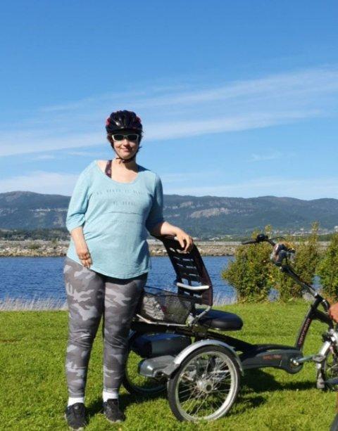 MISTER FRIHETEN: Spesialsykkelen har Nina Sundsby Kvamme brukt både til turer og til å komme seg til og fra jobb. Tyver stjal den fra bopelen hennes natt til søndag.