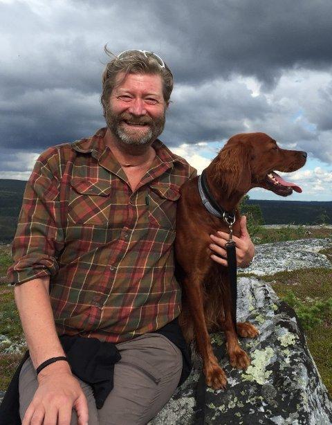 FILM, BILDER OG HISTORIER: Trond Strømdahl kommer til Sande onsdag den 20. mars for å fortelle om sine erfaringer i naturen.