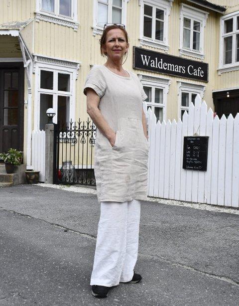 Rita Syvertsen driver Waldemars Børs i Åmli.