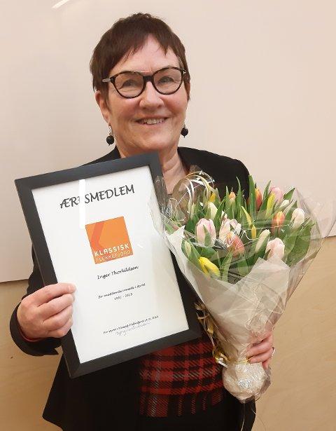 ÆRESMEDLEM: Inger Thorkildsen er utnevnt til æresmedlem i Klassisk Flekkefjord for sitt utrettelige arbeid til fremme og formidling av  klassisk musikk.