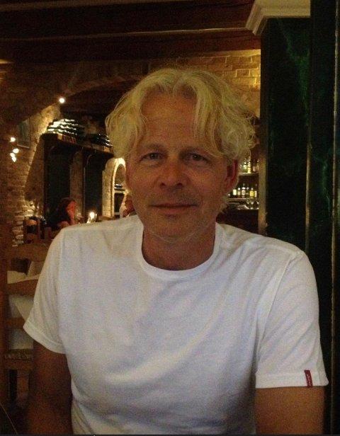 LOVER GODT FOR NFK: Jostein Ravnåsen, tidligere sportsleder i Telen, nå redaktør og mediesjef i Fædrelandsvennen, mener at sjansene for NFK-seier er gode i dag.