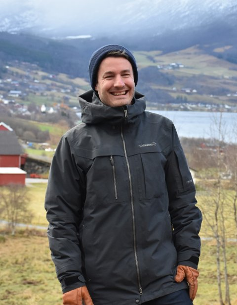 Teamleiar: Eirik Høyme Rogn titulerer seg som teamleiar for vinnargrupperinga som har laga utkast til korleis Klokkarhaugentomta i sentrum av Vang skal utviklast.