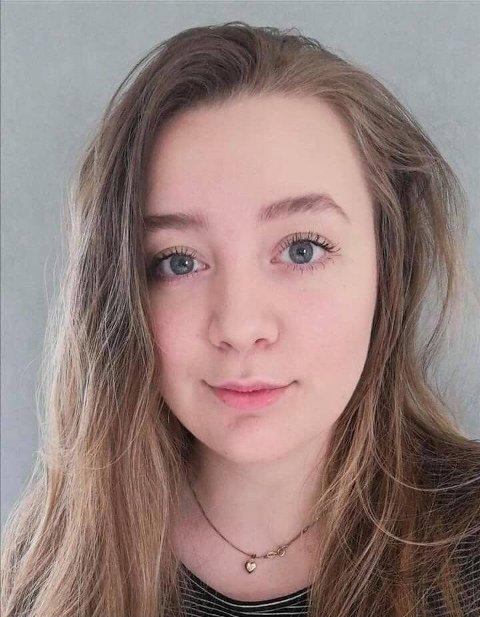 Sonja Helen Øien Rindal (21) studerer i England.