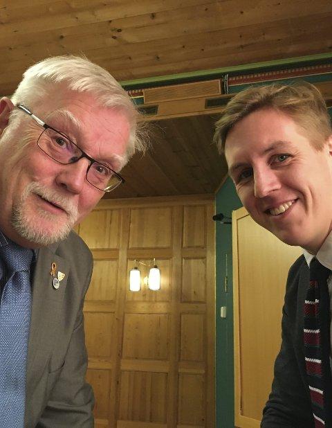 Biblioteket: kan brukes som møteplass, sier Rune Sørlie og Kristian Botten Pedersen.