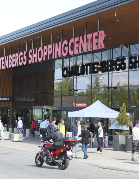 Reisestopp: Det advares nå også mot shoppingturer til Sverige.