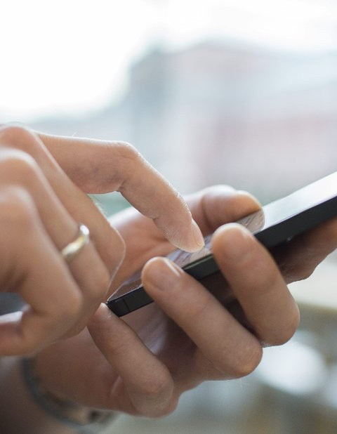 APP: Smittestopp-appen skulle bidra til å spore opp og varsle mulige koronasmittede.