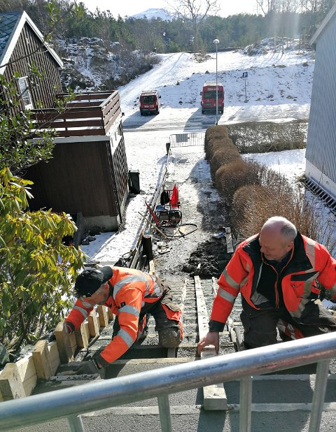 Denne uka er det støpt ny trapp på stien som går fra Kringsjå til Vanndamman, via Vuggaveien.
