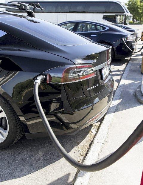 Ventetid: NAF frykter ladekøer når mange skal på ferie med elbil.