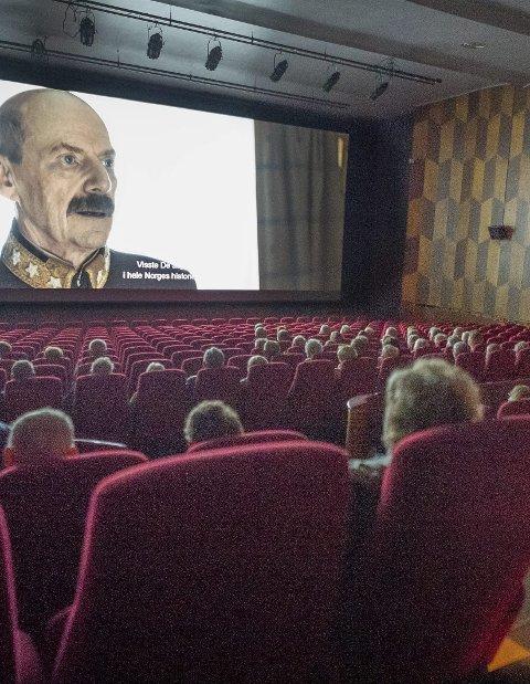 På kino: Stadig flere aktiviteter – som å gå på kino – blir snart mulig igjen.
