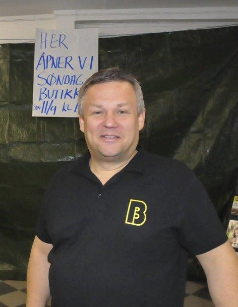 Usikker: Arve Kristensen på Bunnpris er spent på vareleveringen framover.
