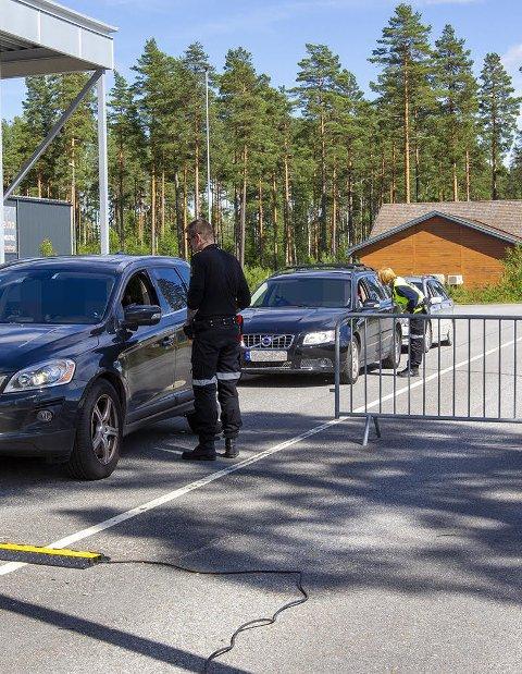 KARANTENE: Skal du til Värmland, må du fremdeles belage deg på ti dagers karantene. De siste 14 dagene har smittetrykket vært massivt i det svenske länet.