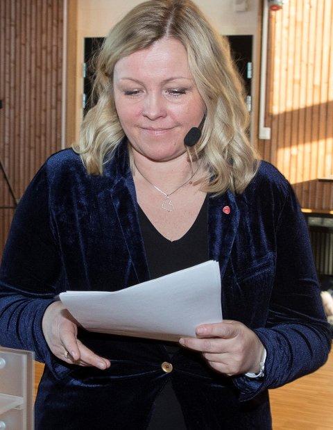 Kirkenes  20180303. APs partisekretær Kjersti Stenseng innleder på fylkesårsmøte i Finnmark Ap 2018. Foto: Vidar Ruud / NTB scanpix