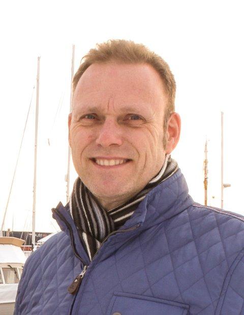 WI-FI: Nettverksansvarlig Alexander Hatlen og IT-sjef Thomas Wullum lover kommunalt WiFi-nett i gjestehavna denne uka.