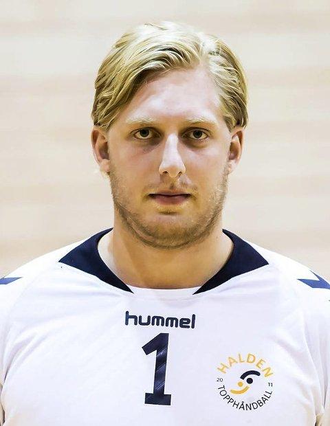 17 stor keeper: Rasmus Bech (23) kom samtidig som navnebror Carlsen til Halden, og hans betydning har ikke vært stort mindre. En av eliteseriens aller beste keepere, og framstår som svært erfaren og rutinert sin unge alder til tross.
