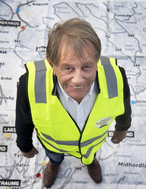 Leder i Bergen Lastebileierforening, Willy Padøy, er opprørt over utsettelsen av E16 utbyggingen. Nå går han og flere andre til aksjon.