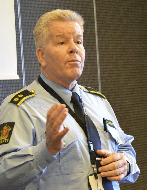 Frank Gran leder ordensseksjonen ved politiet i Tønsberg. Han var publikums- og pressekontakt fra operasjonens begynnelse til slutt.