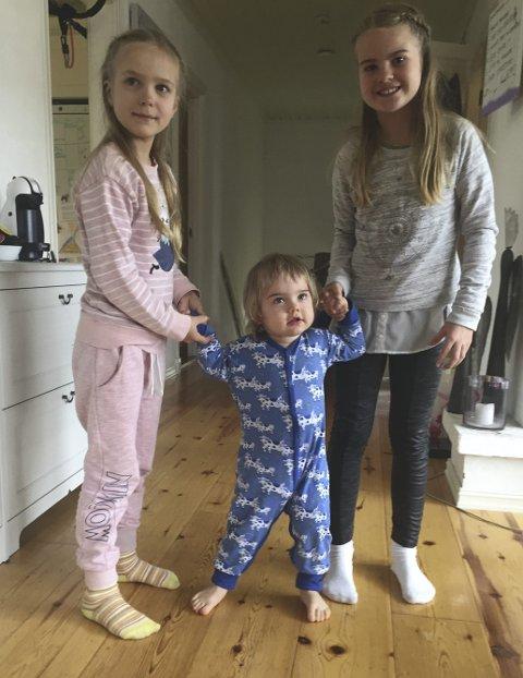 ELLIOT: Her med storesøstrene Olivia (7, t.v.) og Amanda (9).