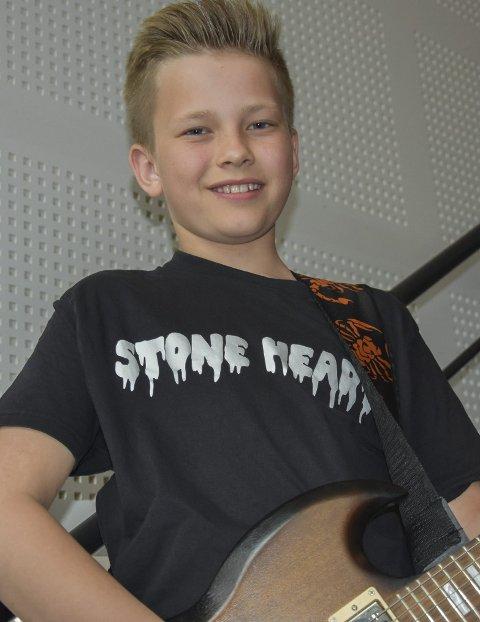 Egen T-skjorte: Bandmedlem Theodor Jansen.