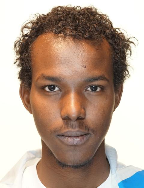 Politiet ber om tips. Siden dette bildet ble tatt og på det tidspunktet Mohamud forsvant, hadde han bleket hår.