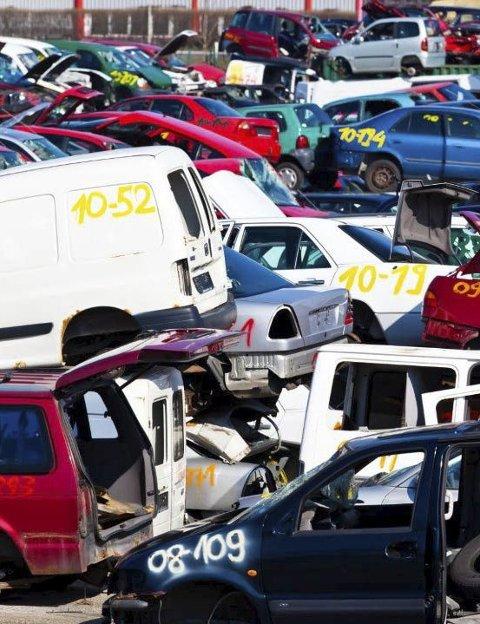 3000: Leverer du et bilvrak til gjenvinning i 2016, mottar du 3000 kr i vrakpant.ARKIVFOTO